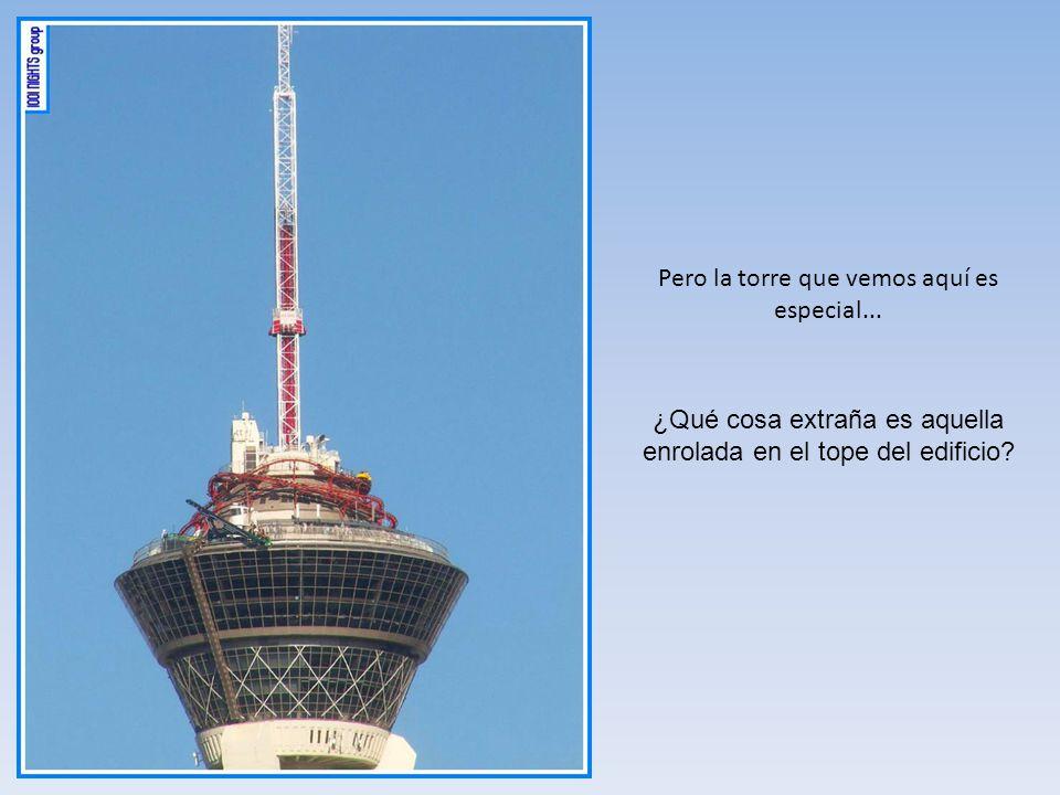 ¡Es una torre panorámica! Todo bien... existen varias en el mundo... Debajo, vemos la torre de Brasil Telecom en la ciudad de Curitiba. Tiene 109,5 m