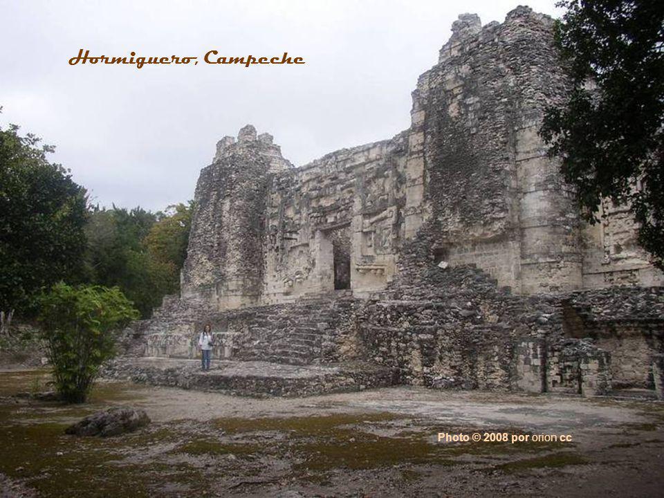 Photo © 2002 by Sven Gronemeyer Hochob, Campeche
