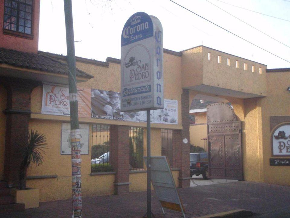 Saliendo al paseo desde el Restaurante San Pedro, en San Pedro Atocpan, arribita de Xochimilco