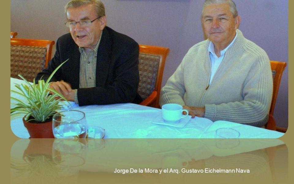 Guillermo Alducin 58, Lic. Luis Graham Soberón, Gonzalo Moreno Gómez; a la derecha el Arq. Gustavo Eichelmann Nava