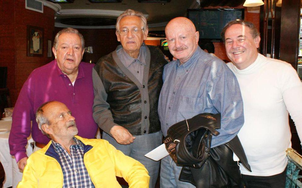 Editorial 9 de Noviembre 2013 FOTOHISTORIA dedicada a todos los Ex del INSTITUTO PATRIA Coordinador de la Gen58 Guillermo Alducin Varela