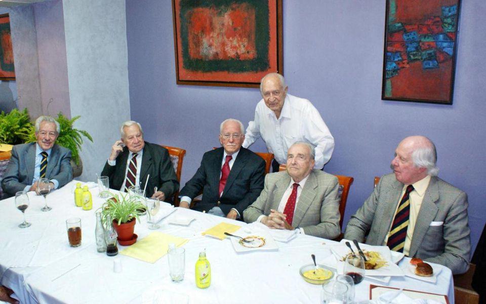 ASISTIERON: MARCO ANTONIO CANALES VALLES 45, JUAN MANUEL LOMELIN GALLARDO 45, JOSE MURILLO ALVIREZ 45, LUIS PABLO MARTINEZ DEL RIO CORONA INSTITUTO CU