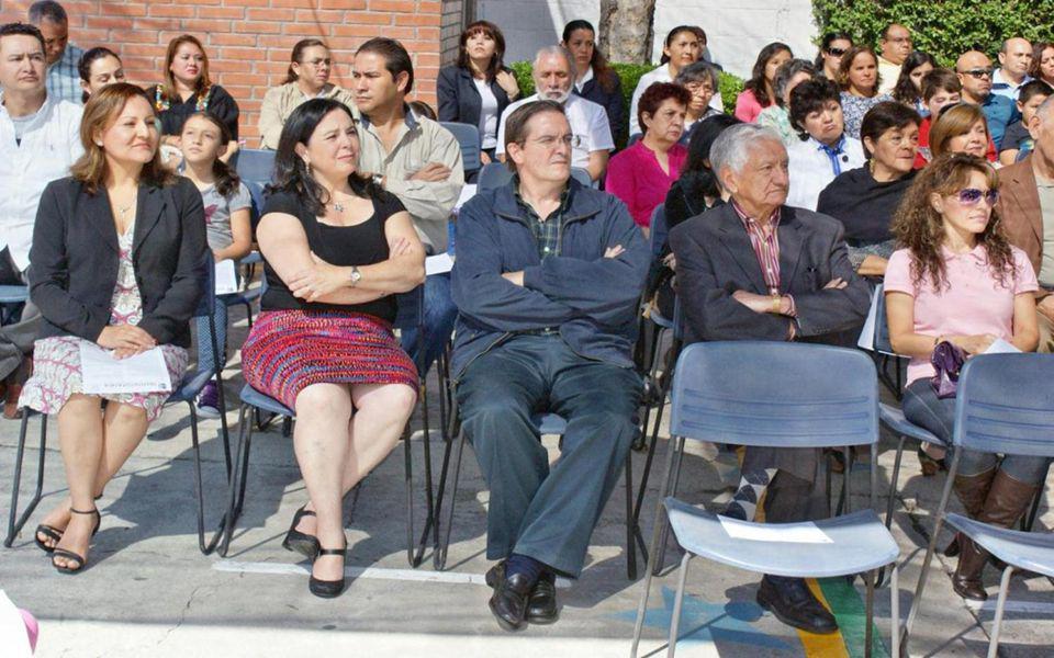 Eduardo Torres Arci es el Director General del INSTITUTO PATRIA de la Calzada de los Leones en las Aguilas en México D.F. y atendiendo a su invitación