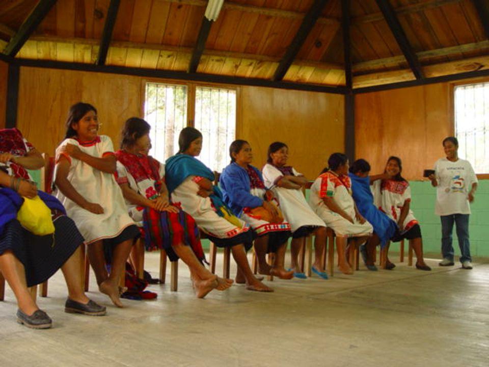 Metodología Testimonios grabados a partir de los grupos focales que se realizaron para evaluar la radionovela tiempo de vivir con mujeres tsotsiles y migrantes.