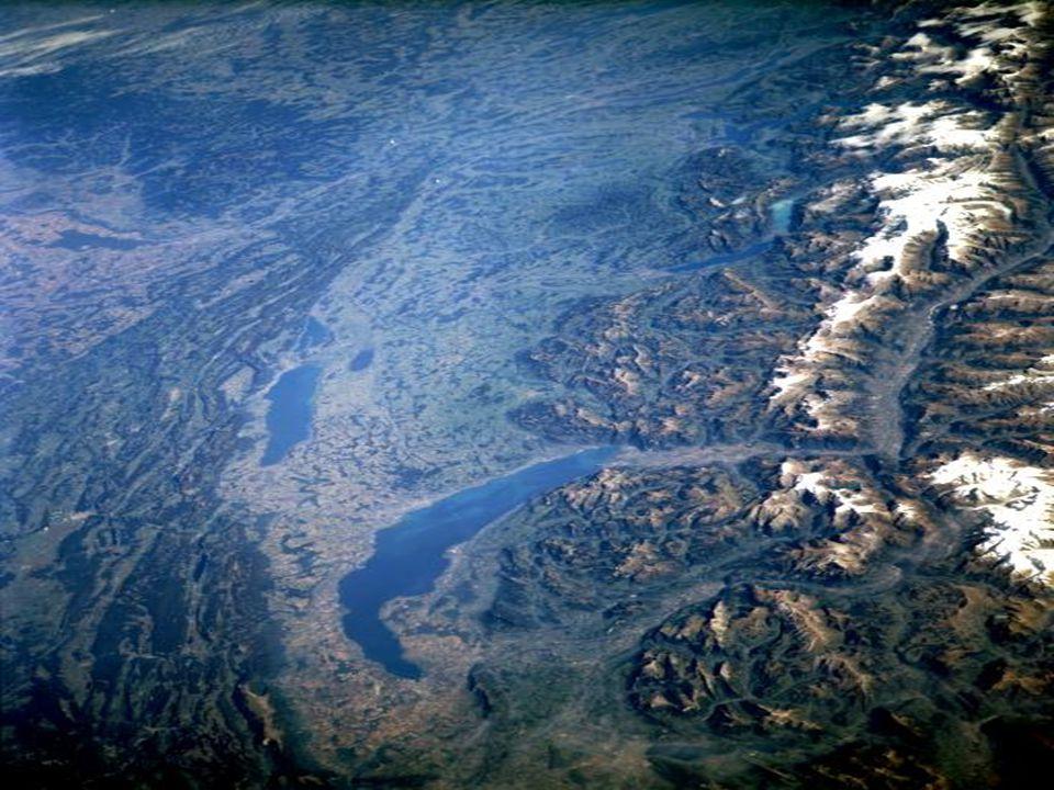 Los Alpes y lagos de Suiza