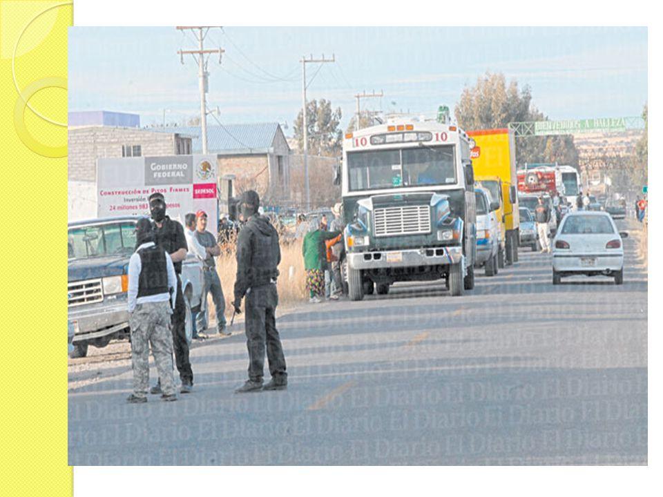 Un hecho muy impactante fue en los primeros días de enero de este año, cuando una tarde llegaron a la comunidad en un total de 100 camionetas aproximadamente, unas personas que venían uniformadas y encapuchadas.