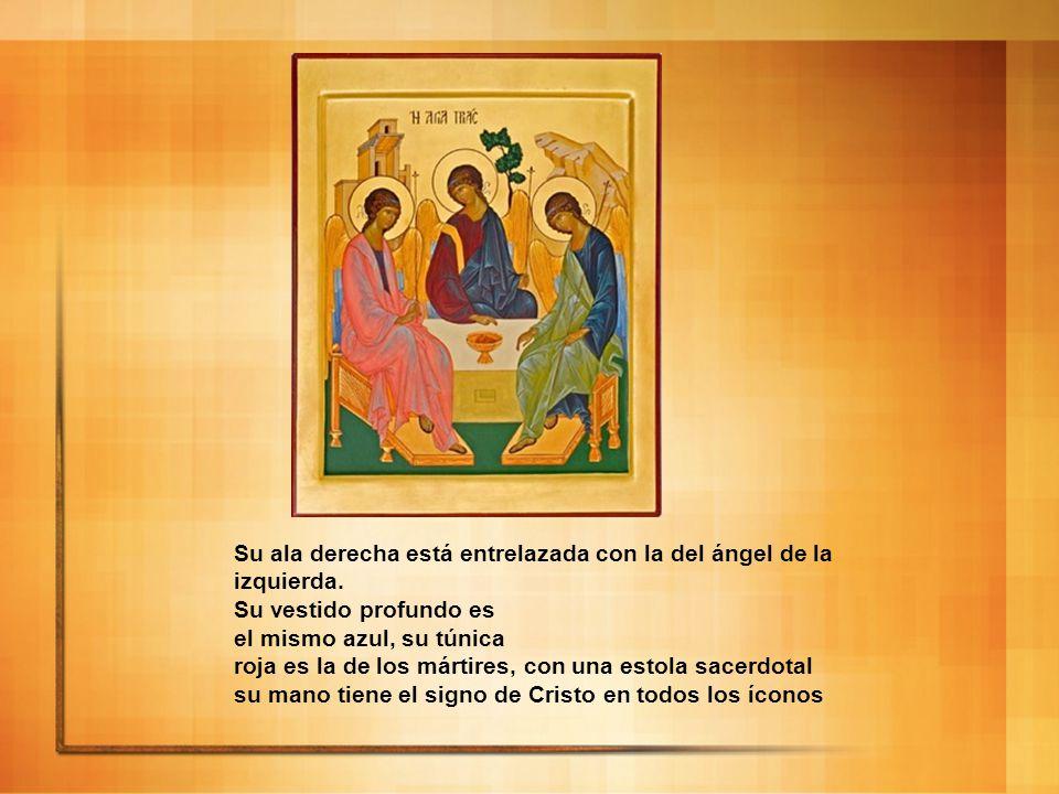 Su ala derecha está entrelazada con la del ángel de la izquierda. Su vestido profundo es el mismo azul, su túnica roja es la de los mártires, con una