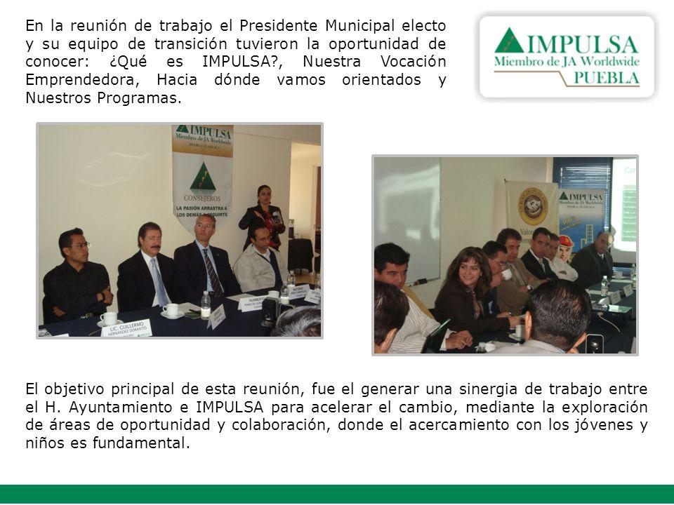 En la reunión de trabajo el Presidente Municipal electo y su equipo de transición tuvieron la oportunidad de conocer: ¿Qué es IMPULSA?, Nuestra Vocación Emprendedora, Hacia dónde vamos orientados y Nuestros Programas.