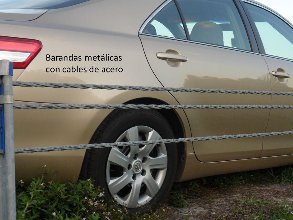 Barandas metálicas con cables de acero