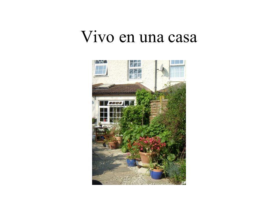 Ma maison Tu as un jardin ? Oui jai un jardin de derriēre