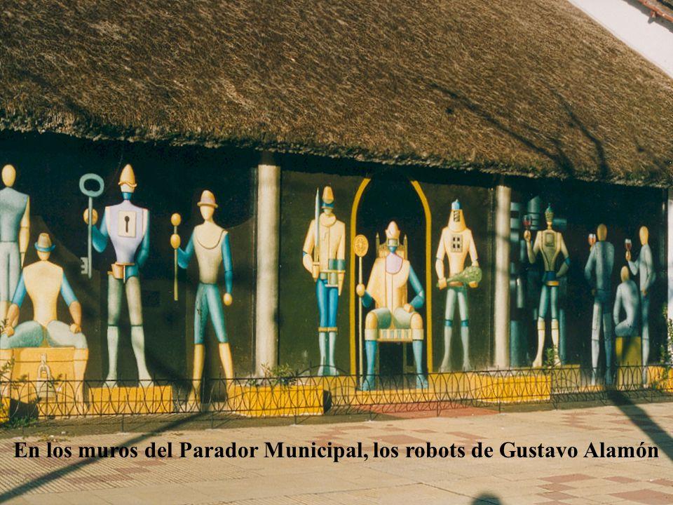 En los muros del Parador Municipal, los robots de Gustavo Alamón
