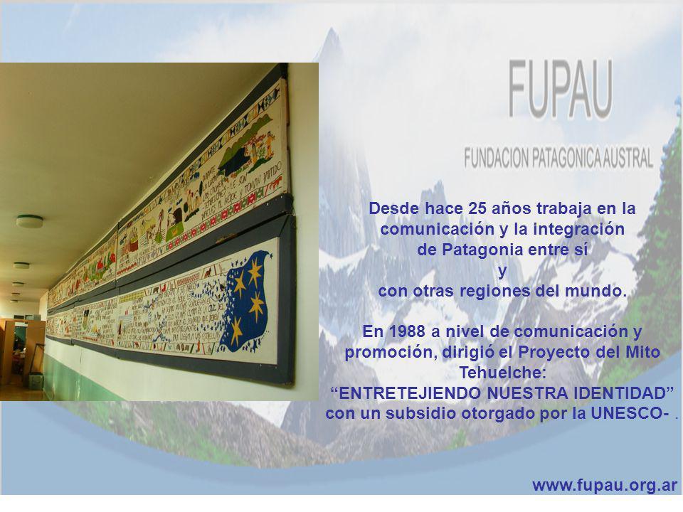 Desde hace 25 años trabaja en la comunicación y la integración de Patagonia entre sí y con otras regiones del mundo. En 1988 a nivel de comunicación y