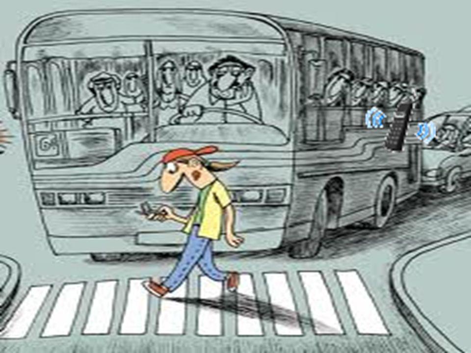 CODEACOM SOCIEDAD ARGENTINA DE TERAPIA INTENSIVA CELULAR INCREMENTAN POR 4 LA POSIBILIDAD DE COLISIÓN AÚN EL MANOS LIBRES DISTRAE ¿QUÉ ES MAS IMPORTAN