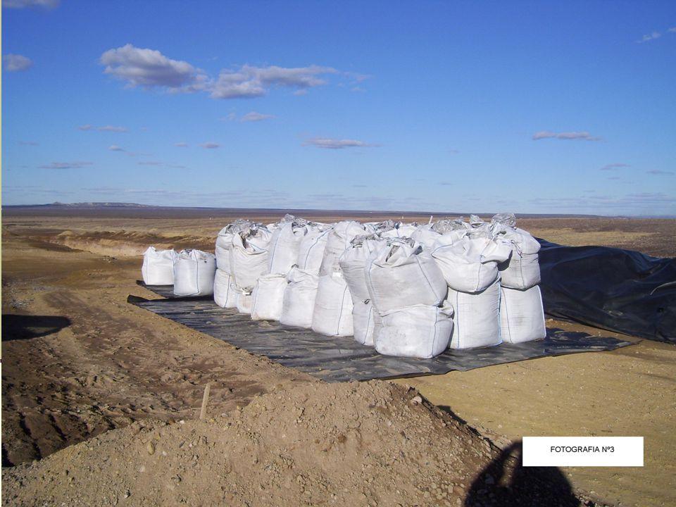 Propuesta de Normalización Ambiental Construcción de una pantalla de baja permeabilidad de cemento bentonita para evitar la posible recarga local del acuífero freático con aguas del canal.