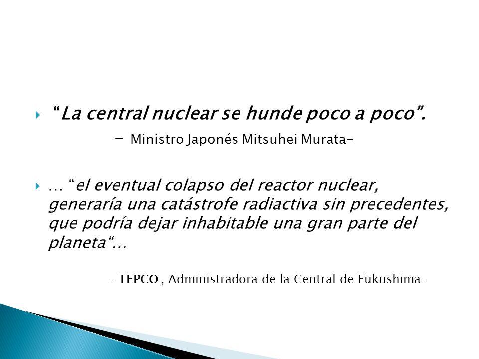 La central nuclear se hunde poco a poco.