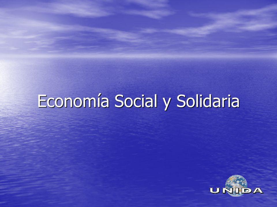 Definiciones Aquella economía de corte no capitalista, es decir, no regida primariamente por la ley de maximización del beneficio particular si no por la racionalidad del bien común, la solidaridad, la cooperación y la equidad.