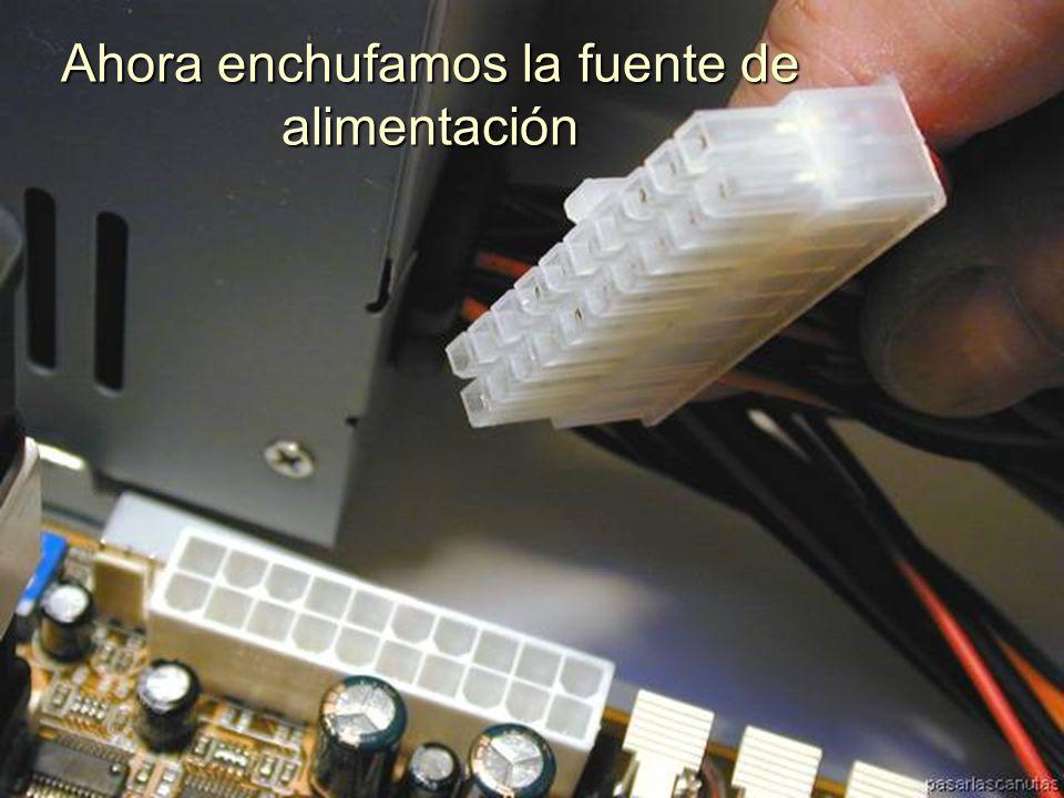 ENSAMBLAJE Y MANTENIMIENTO DE COMPUTADORAS ENSAMBLAJE DE COMPUTADORA UNIVERSIDAD CATOLICA BOLIVIANA SAN PABLO GESTIÓN - 2006 Enchufamos el cable del ventilador a la TM
