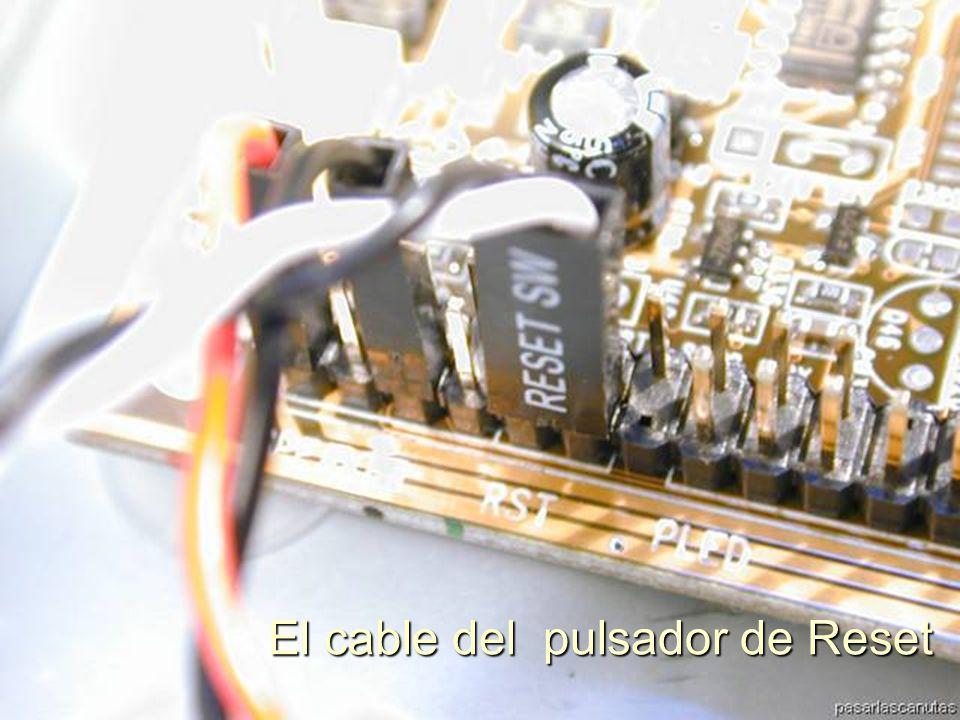 ENSAMBLAJE Y MANTENIMIENTO DE COMPUTADORAS ENSAMBLAJE DE COMPUTADORA UNIVERSIDAD CATOLICA BOLIVIANA SAN PABLO GESTIÓN - 2006 Conectamos el cable del SPK en los pines de la T M