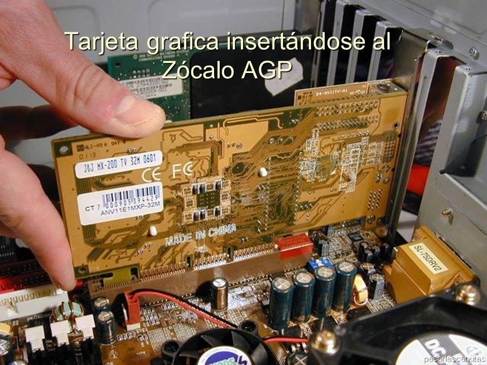 ENSAMBLAJE Y MANTENIMIENTO DE COMPUTADORAS ENSAMBLAJE DE COMPUTADORA UNIVERSIDAD CATOLICA BOLIVIANA SAN PABLO GESTIÓN - 2006 Continuamos con las Tarjetas de Expansión