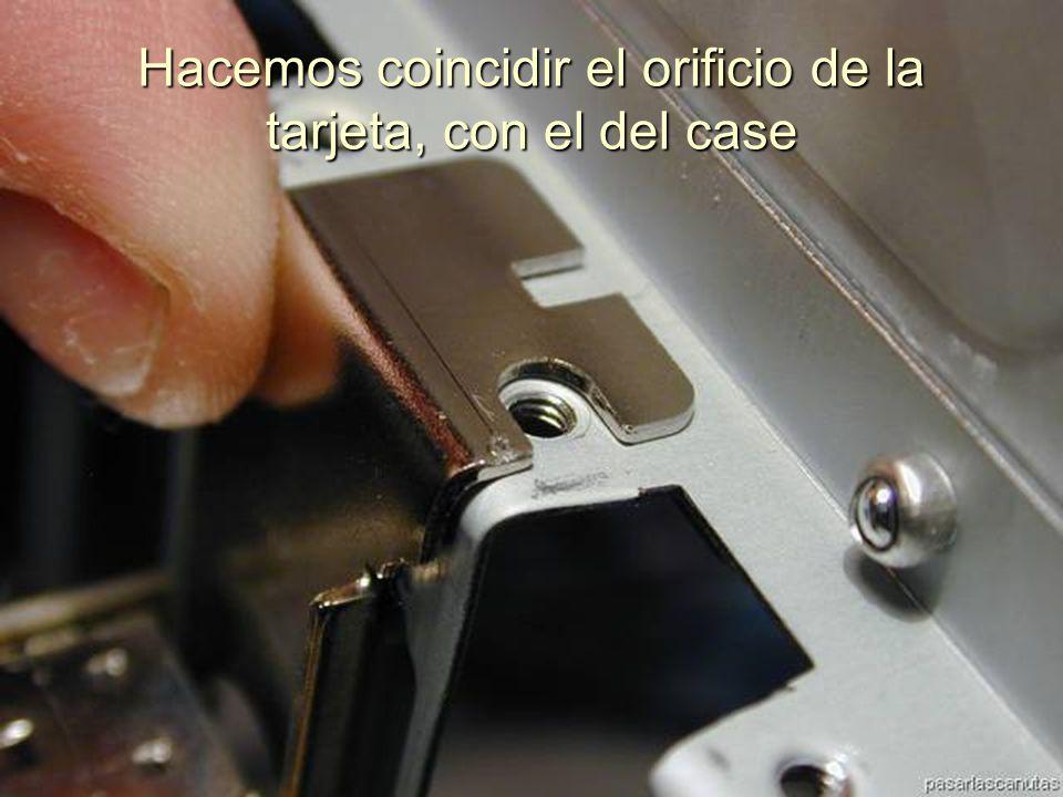 ENSAMBLAJE Y MANTENIMIENTO DE COMPUTADORAS ENSAMBLAJE DE COMPUTADORA UNIVERSIDAD CATOLICA BOLIVIANA SAN PABLO GESTIÓN - 2006 Comprobamos que todos los contactos estén correctamente introducidos