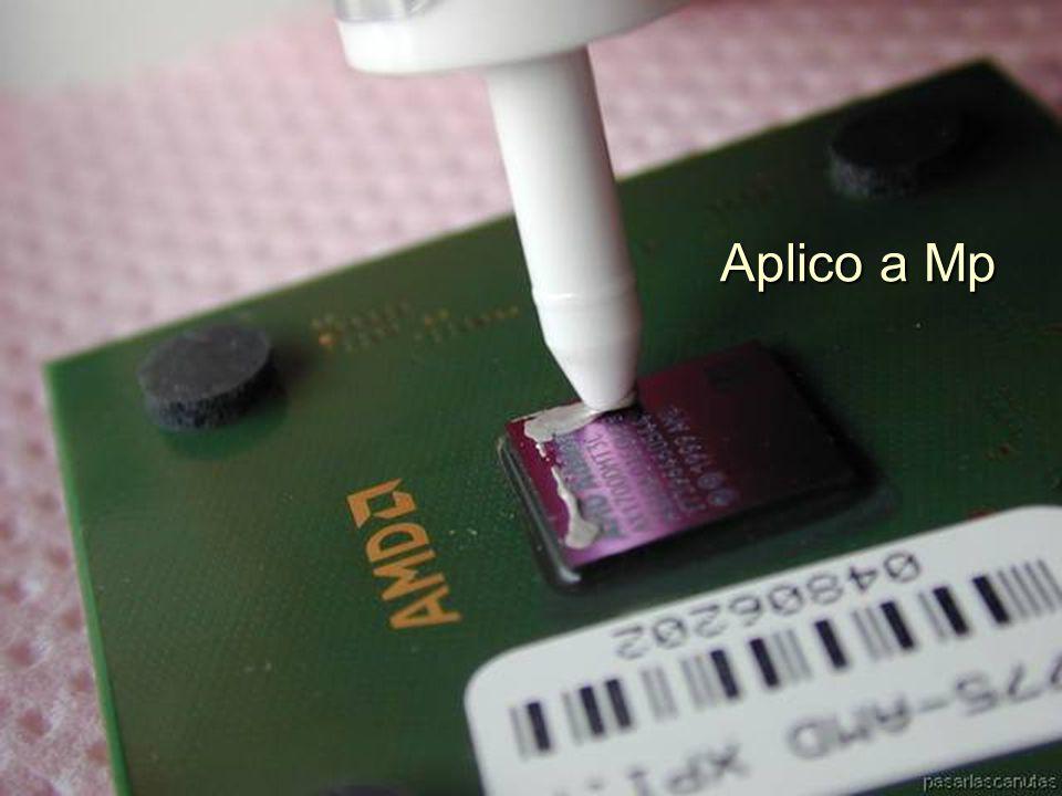ENSAMBLAJE Y MANTENIMIENTO DE COMPUTADORAS ENSAMBLAJE DE COMPUTADORA UNIVERSIDAD CATOLICA BOLIVIANA SAN PABLO GESTIÓN - 2006 Utilizamos una pasta térmica