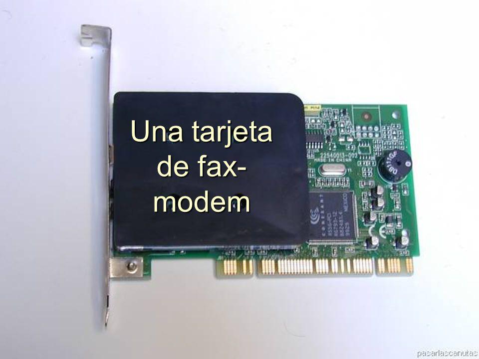 ENSAMBLAJE Y MANTENIMIENTO DE COMPUTADORAS ENSAMBLAJE DE COMPUTADORA UNIVERSIDAD CATOLICA BOLIVIANA SAN PABLO GESTIÓN - 2006 Ajustamos la tarjeta con un tornillo