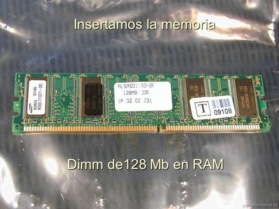 ENSAMBLAJE Y MANTENIMIENTO DE COMPUTADORAS ENSAMBLAJE DE COMPUTADORA UNIVERSIDAD CATOLICA BOLIVIANA SAN PABLO GESTIÓN - 2006 Y también la ajustamos con un tornillo