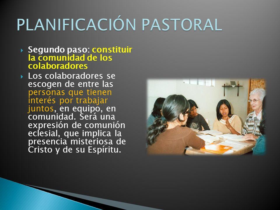 Segundo paso: constituir la comunidad de los colaboradores Los colaboradores se escogen de entre las personas que tienen interés por trabajar juntos, en equipo, en comunidad.