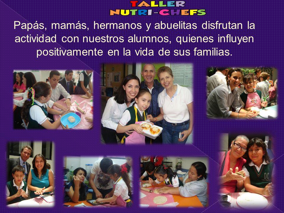Papás, mamás, hermanos y abuelitas disfrutan la actividad con nuestros alumnos, quienes influyen positivamente en la vida de sus familias.