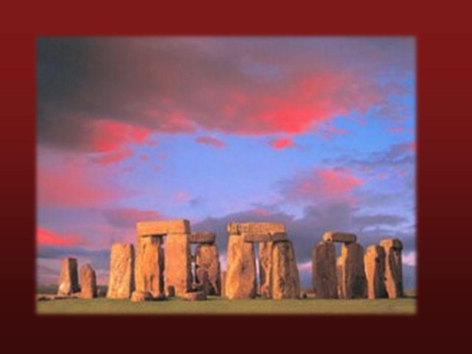 Círculo principal del monumento megalítico de Stonehenge, Wiltshire, Gran Bretaña II milenio a. C.