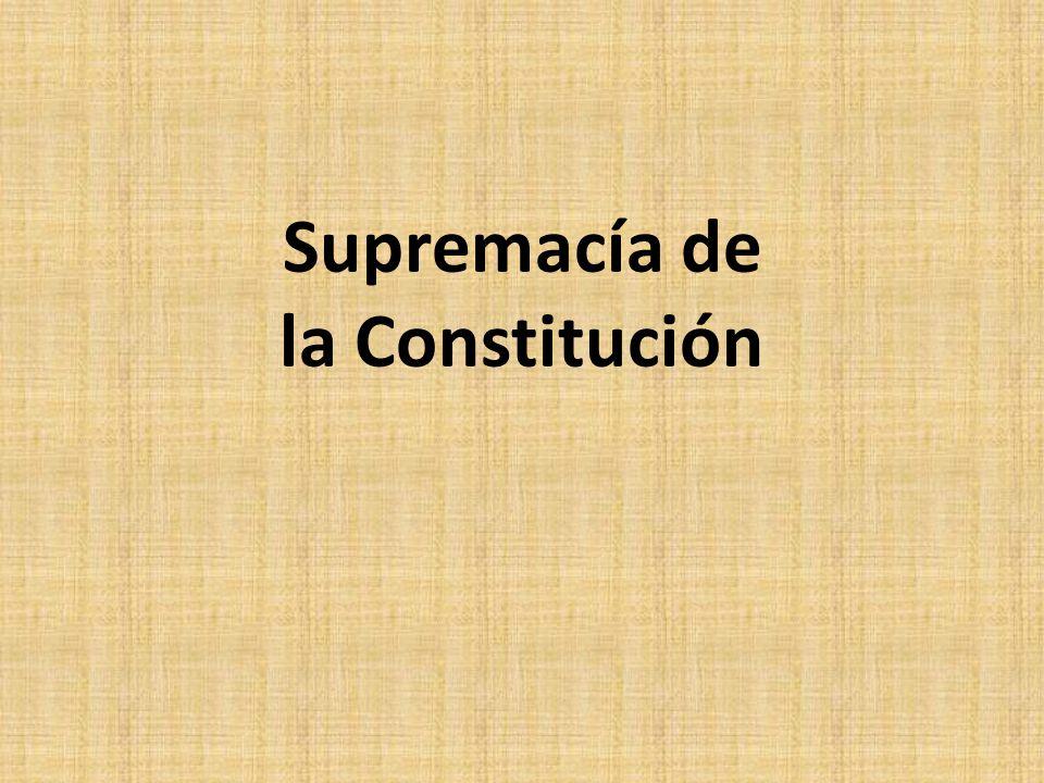 CAUSA EJEMPLAR Iusnaturalismo racionalista (contractualismo) + Liberalismo político a)Matriz norteamericana: República Federal Soberanía del pueblo + Pacto Federal Higher Law: Supremacía Art.