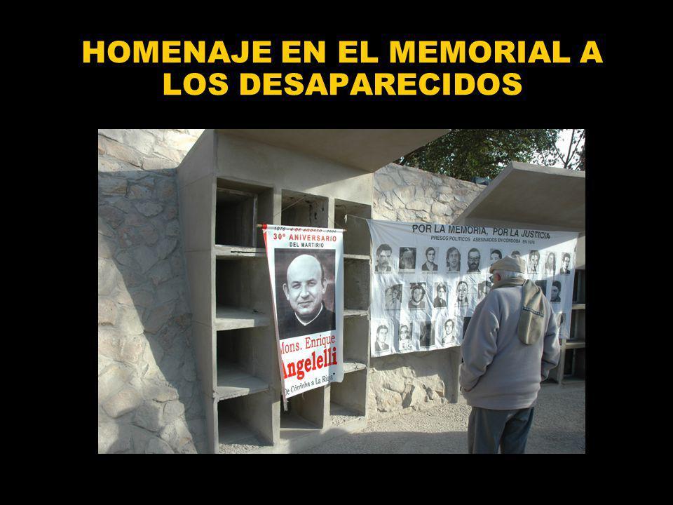 HOMENAJE EN EL MEMORIAL A LOS DESAPARECIDOS