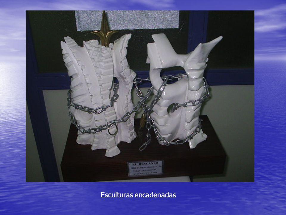 Esculturas encadenadas