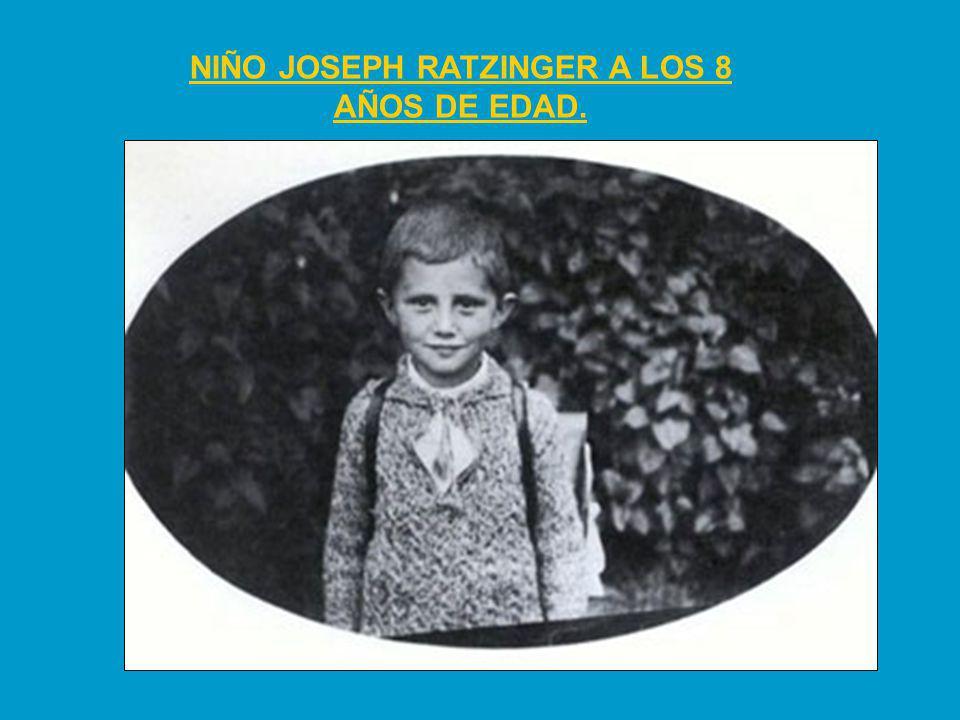 NIÑO JOSEPH RATZINGER A LOS 8 AÑOS DE EDAD.