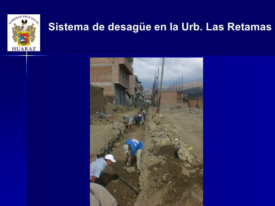 Sistema de desagüe en la Urb. Las Retamas