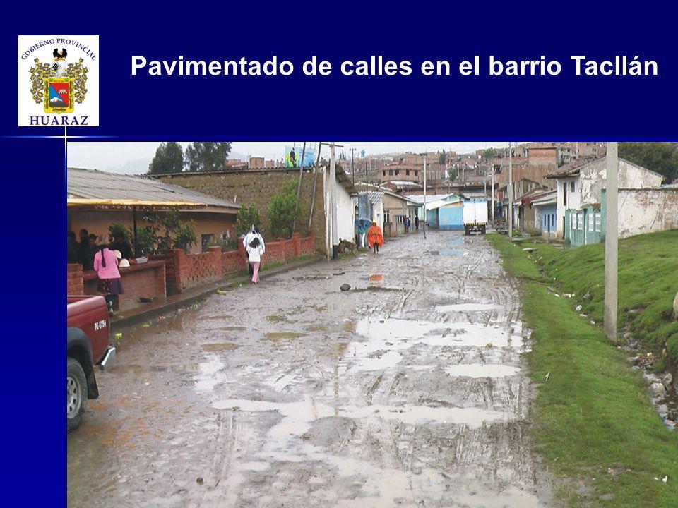 Pavimentado de calles en el barrio Tacllán