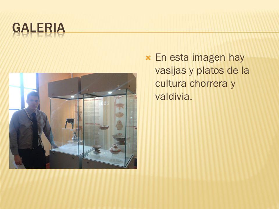 En esta imagen hay vasijas y platos de la cultura chorrera y valdivia.