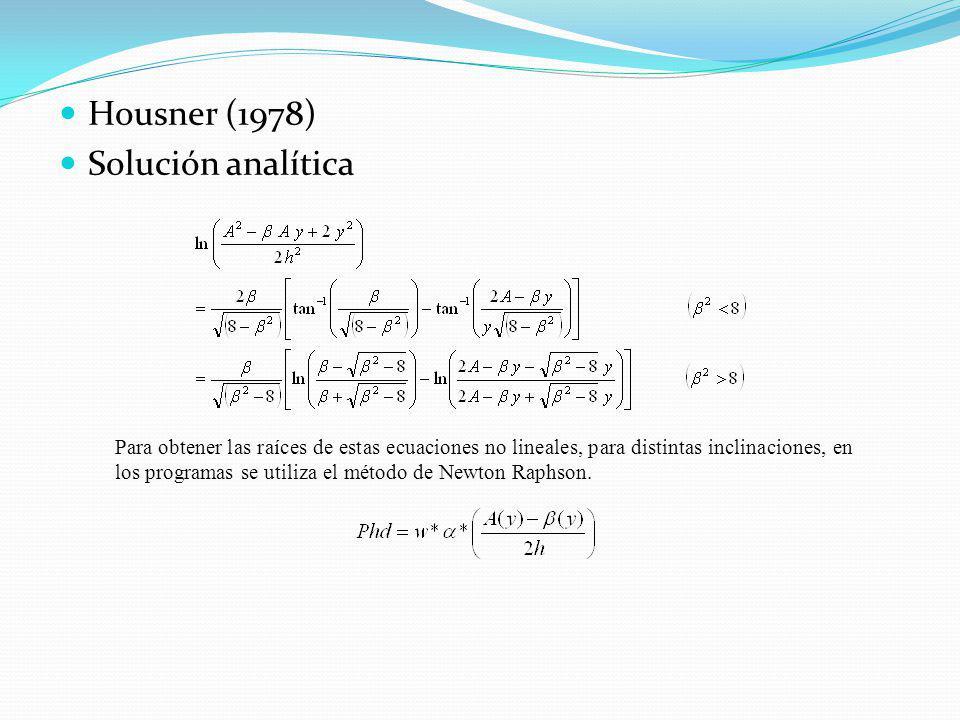 Housner (1978) Solución analítica Para obtener las raíces de estas ecuaciones no lineales, para distintas inclinaciones, en los programas se utiliza e