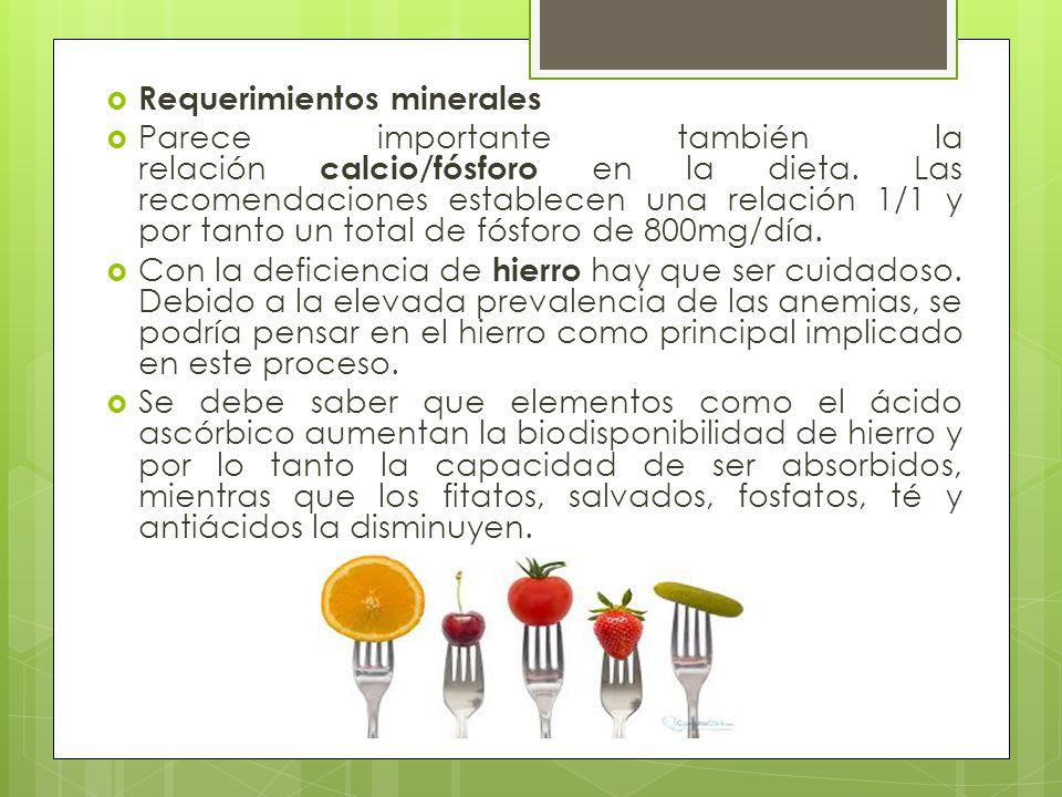 Requerimientos de vitaminas La deficiencia en vitamina D parece que puede deberse, en muchos casos, a la falta de exposición al sol.