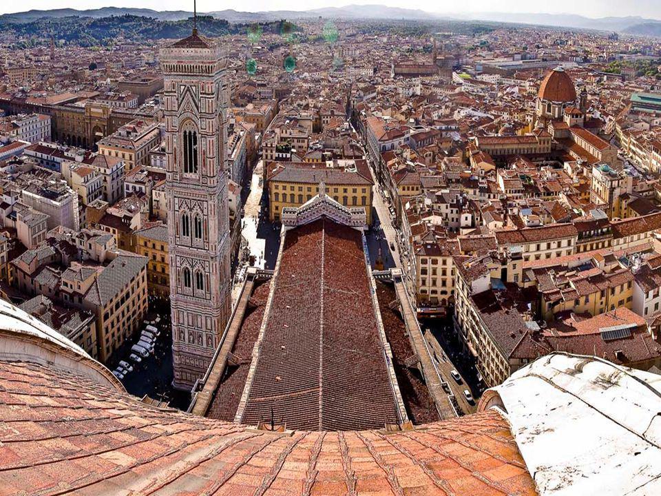FLORENCIA Florencia es una ciudad situada al norte de la región central de Italia, capital y ciudad más poblada de la provincia homónima y de la regió