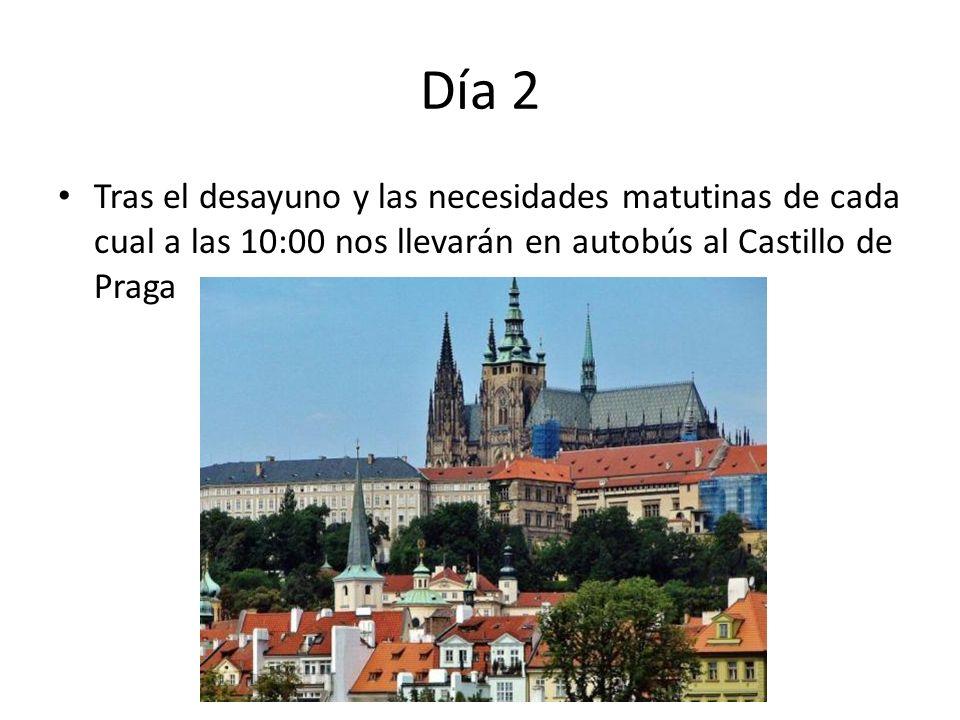 Día 2 Tras el desayuno y las necesidades matutinas de cada cual a las 10:00 nos llevarán en autobús al Castillo de Praga