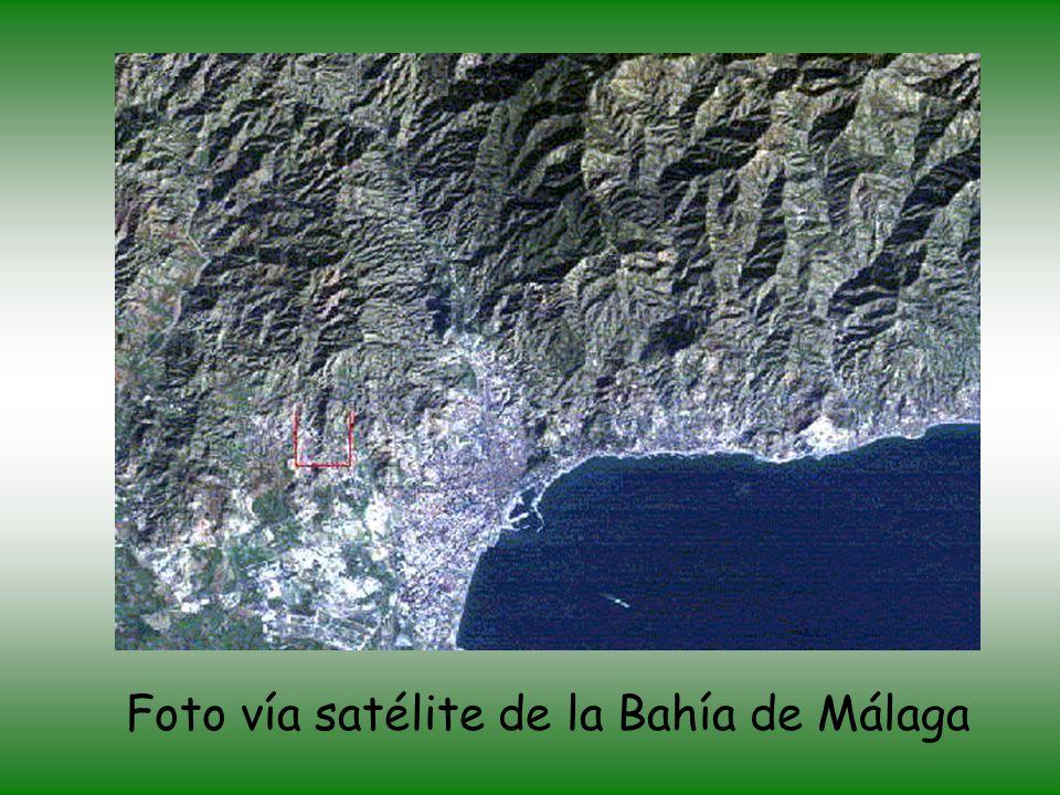 Desembocadura del río Guadiaro en el Mar Mediterráneo, junto a Sotogrande (zona turística).