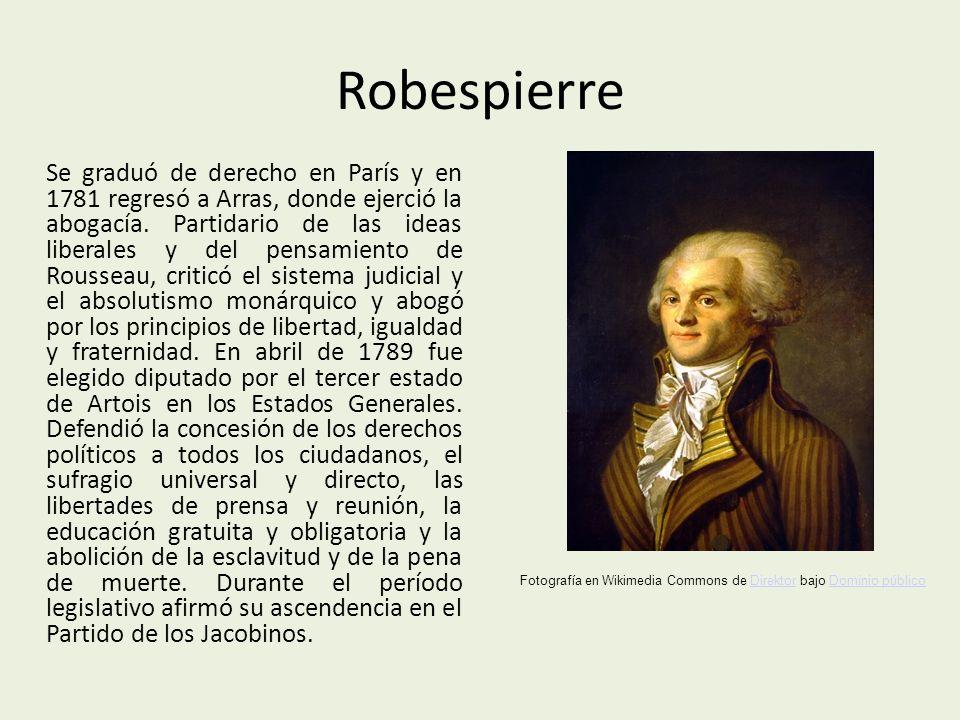 Robespierre Se graduó de derecho en París y en 1781 regresó a Arras, donde ejerció la abogacía.