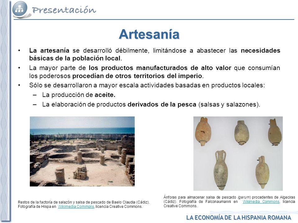 LA ECONOMÍA DE LA HISPANIA ROMANA Restos de la factoría de salazón y salsa de pescado de Baelo Claudia (Cádiz). Fotografía de Hispa en Wikimedia Commo