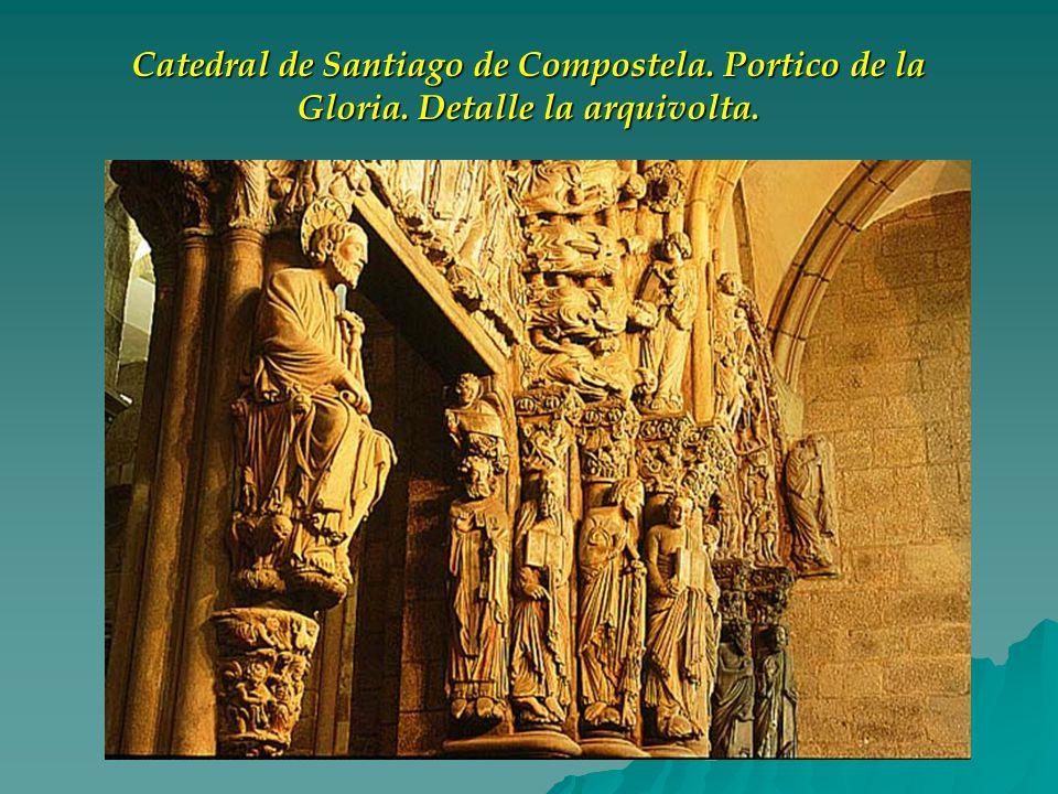 Catedral de Santiago de Compostela. Portico de la Gloria. Detalle la arquivolta.