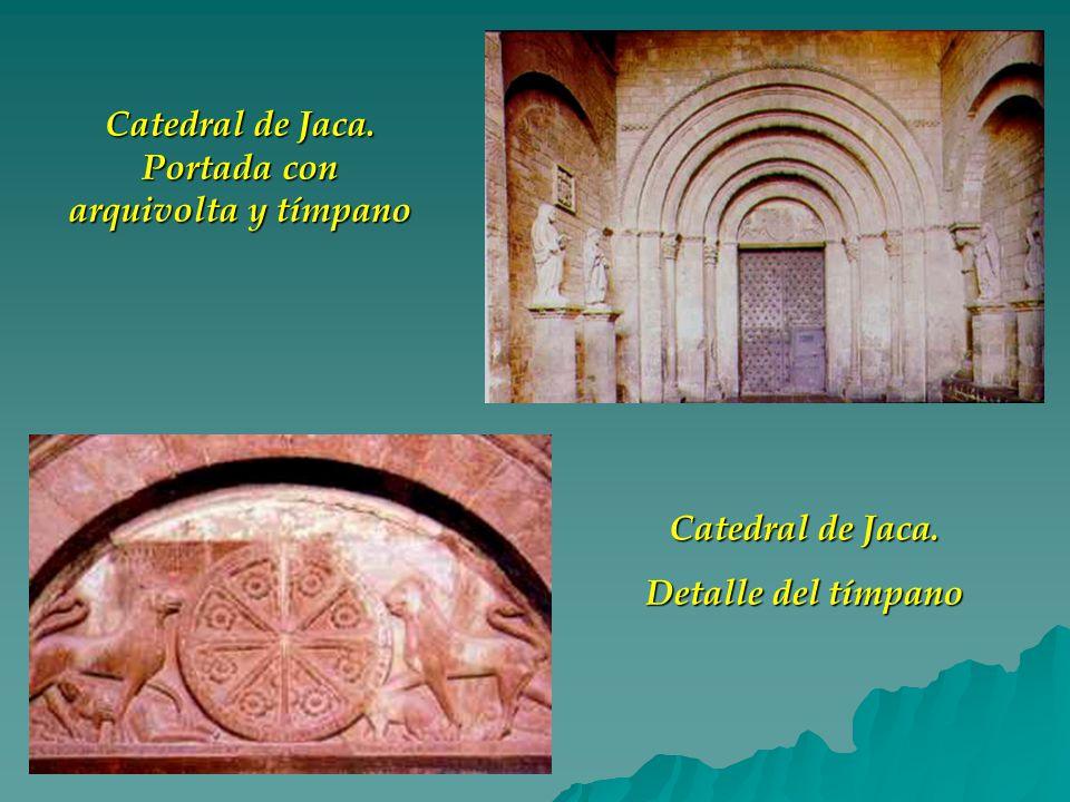 Catedral de Jaca. Portada con arquivolta y tímpano Catedral de Jaca. Detalle del tímpano