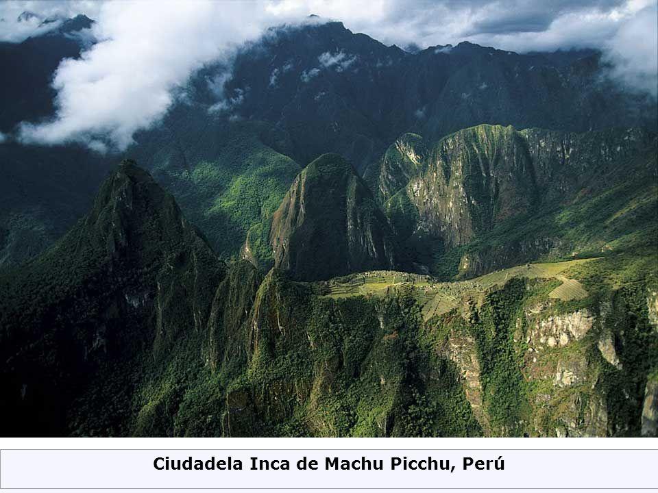 Ciudadela Inca de Machu Picchu, Perú