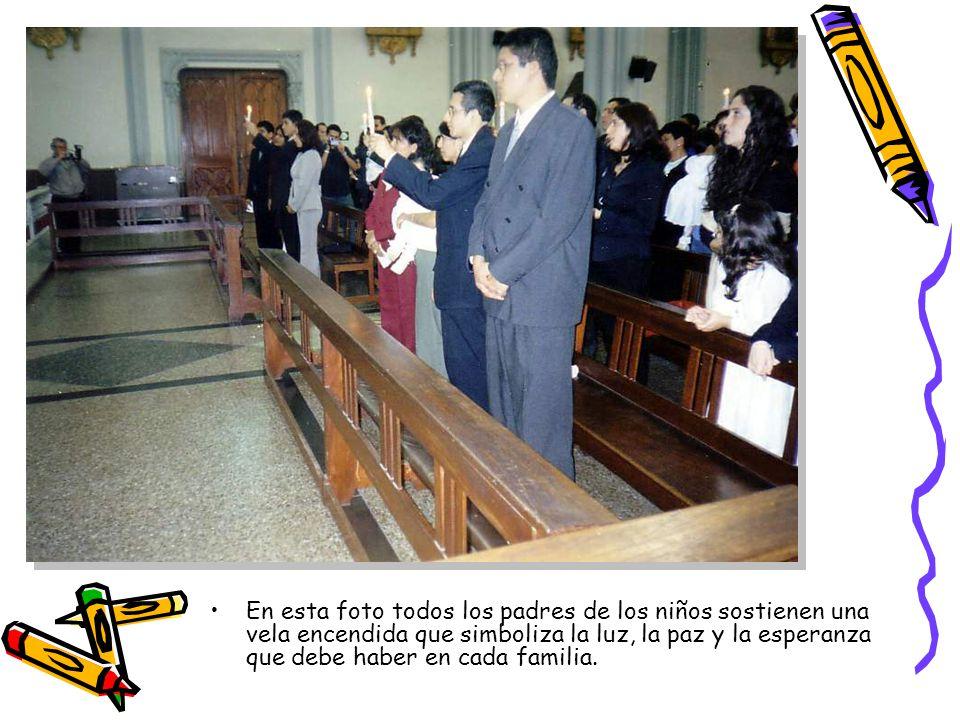 Aparecen de izquierda a derecha los tíos abuelos Mariano y Ninón y Arianita (Atrás también aparece el padrino Fernando).