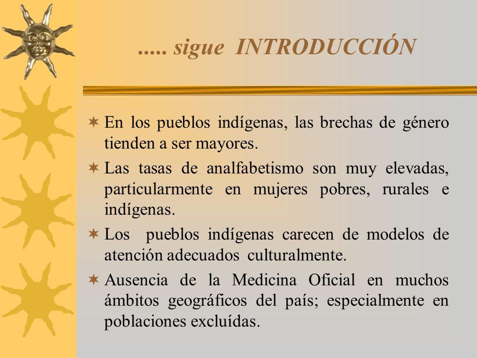VIGENCIA DE CULTURAS MÉDICAS TRADICIONALES Las culturas medicas andinas y amazónicas, siguen vigentes en ámbitos ecológicos diversos.