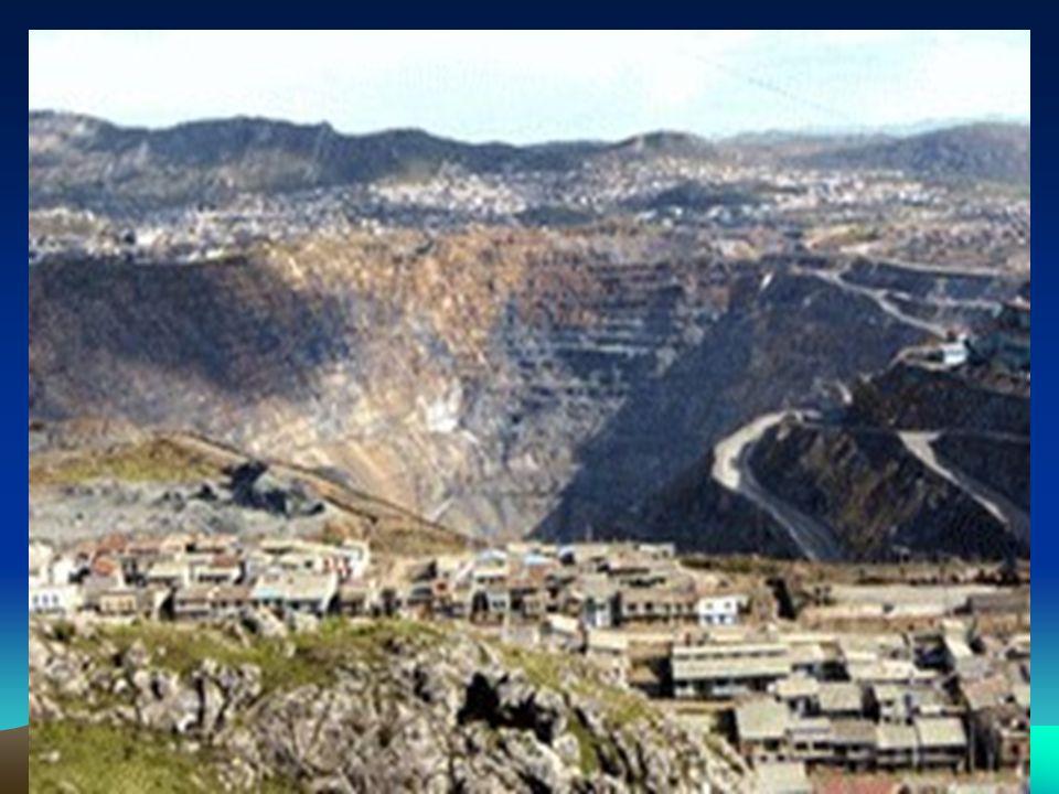 LA CONTAMINACION DEL AGUA PARA CONSUMO HUMANO LocalizaciónContaminanteLMP OMS Reservorio Uliachín 0.027 plomo0.01 Pileta PP.JJ.